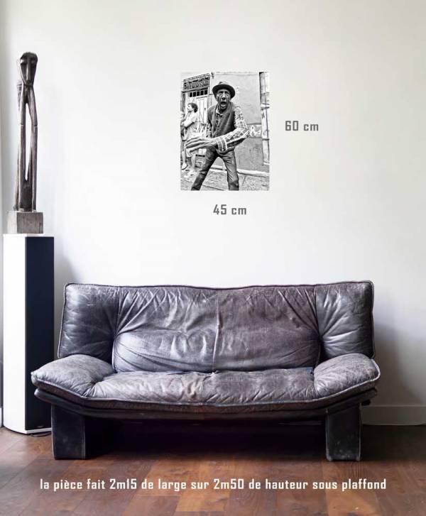 Décadence-tirage en situation-45 x 60- Cuba, au delà des couleurs par Justine Darmon