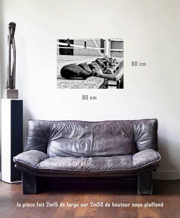 Les Gants-tirage en situation-80 x 60- Cuba, au delà des couleurs par Justine Darmon