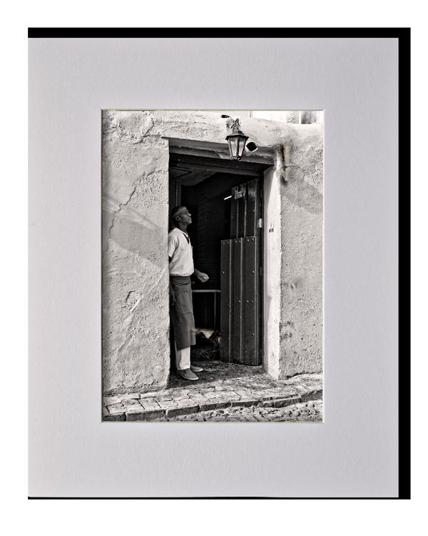 Ombre et lumière (Homme), Série au delà des couleurs par Justine Darmon
